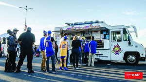 Pre-game tailgate party courtesy of Senor Sisig food truck